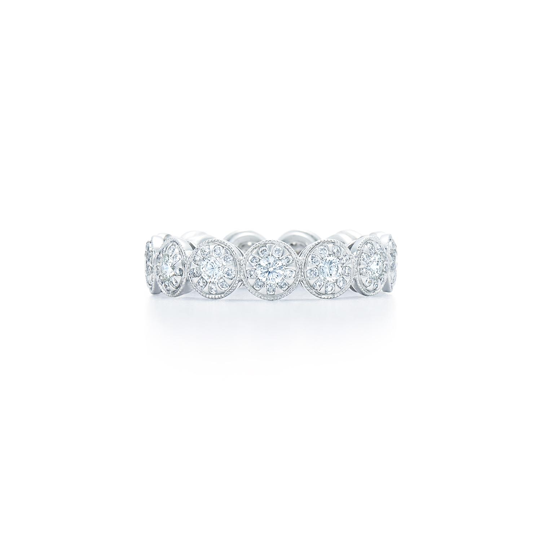 diamond ring in 18k white gold kwiat sunburst diamond ring